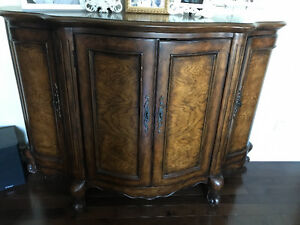 Beautiful grained wood classic Credenza/side table