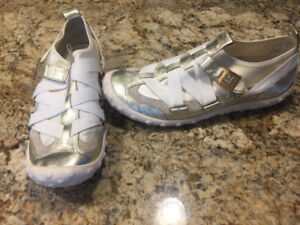 Ladies size 7.5 G-series Nike Lab by Cole Haan shoes
