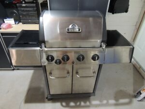 brand new, never used Broil-Mate 4-Burner Natural Gas BBQ