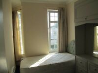 Huge furnished single room in the true heart of London!! available immediately!