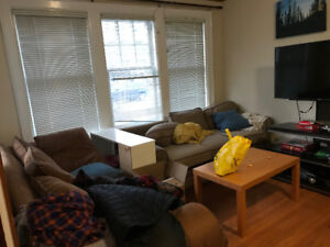 Rooms available for sublet in a beautiful house -in Westdale