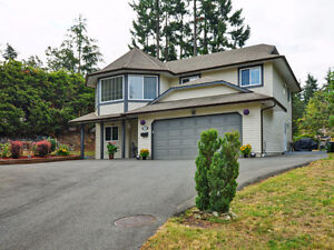 Langford Sweet Home with Above Ground 1 BR Suite