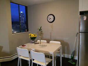 Very clean1bedroom,fully renovated 6 months ago.Avail. Nov.1st