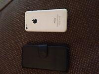 Apple I phone 5c White on EE