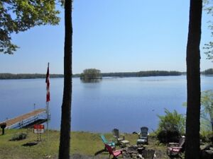 Cottage For Sale on Crowe Lake