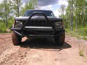 ALBERTA Cherokee xj country edition 4.0L high output