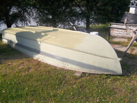 14 ft Starcraft Boat for Sale
