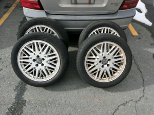 """Set of 17"""" alloy rims with tires"""