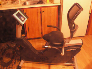 -DEAL- bicyclette exercise B930P exercise recumbent bike-