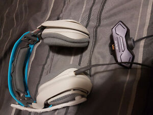 Astro A40 headset with mixamp M80 for Xbox One London Ontario image 3