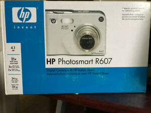 Estate sale....HP Photosmart R607