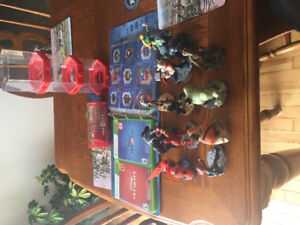 Disney infinity  Xbox 360 games and game Portol ,11 characters