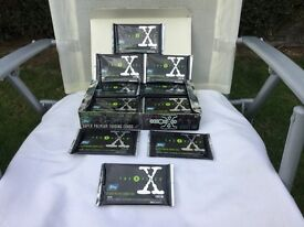 THE X FILES 1995 SERIES ONE SUPER PREMIUM TRADING CARDS. AND COMES WITH THE ORIGINAL BOX. BY TOPPS.