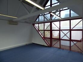 Spacious Office Space Available Located in Canary Wharf *TO LET*