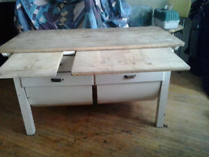Late1890s Antique Wooden Possum Belly Baker's Table