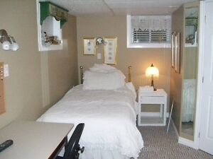 BEDRROM WITH PRIVATE BATHROOM  NOW TILL AUG  SUBLET