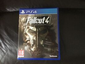 PS4 Fallout 4 with map in as new condition.