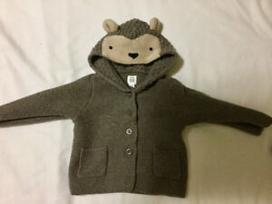 Baby Gap Toddler boys sweaters name brand like new fall/winter