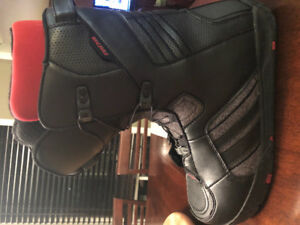 RIDE snowboard boots.  Men's size 12.  Only used twice !