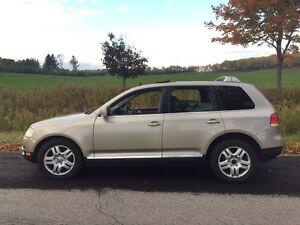 Volkswagen Touareg 2004 V8 Kitchener / Waterloo Kitchener Area image 4