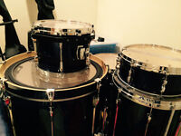 TAMA Superstar Drum Kit in immaculate condition