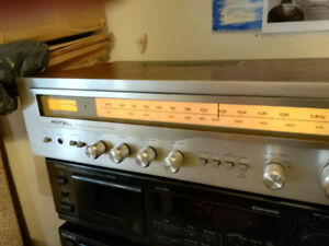 Rotel RX-403 AM/FM Stereo Receiver