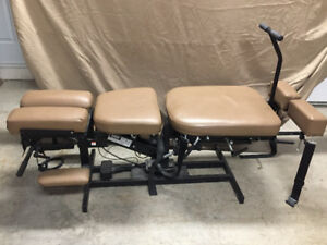 Chiropractic Manual Flexion Distraction Table for Sale