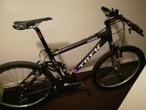 TREK FUEL 100 Carbon Fibre Full Suspension XTC Mountain Bike