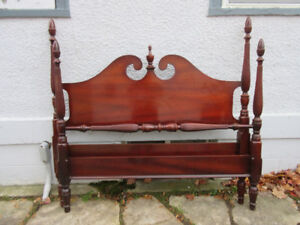 Marvelous Mahogany Antique Double Bed - Great Condition!