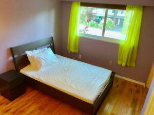 $600 Private room Coquitlam Central