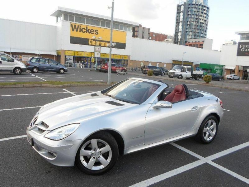 2004 mercedes benz slk 200k 2dr tip auto in wembley park london gumtree. Black Bedroom Furniture Sets. Home Design Ideas