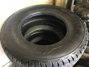 275/70/18 firestone winterforce tires