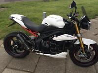 Triumph Speed Triple 1050 R, WE BUY BIKES UPTO 10 YEARS OLD, 150 bikes in stock!
