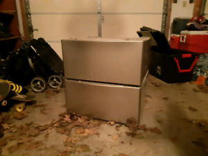 Washer/dryer pedestals