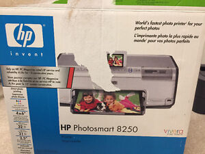 HP Photosmart 8250 Digital Photo Inkjet Printer London Ontario image 3