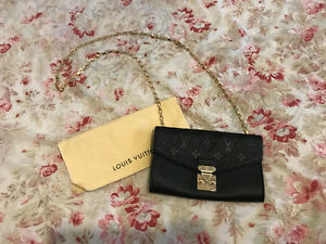 Louis Vuitton   Kijiji in Ottawa. - Buy, Sell   Save with Canada s ... b51fc32321c