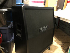 Mesa Boogie 4x12 Cab V30 speakers MINT CONDITION