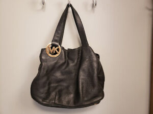 95df9cc690ef Michael Kors | Buy or Sell Women's Bags & Wallets in Moncton ...