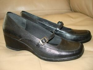 Black Leather Dress Shoes by Bare Traps