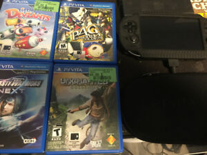 PS Vita 32 GB + 4 Games + Case/ScreenProtector