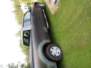 2004 Ford f-150 4x4 supercab long box(still available)