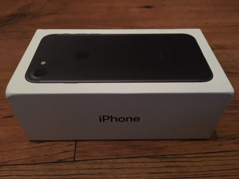 New iPhone 7 128gb black,,,,