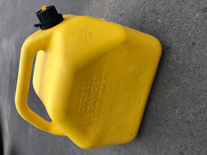 Fuel can Jerry can jerrycan diesel gasoline