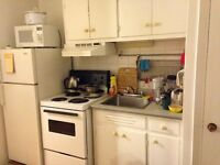 (All Incl. FURNISHED) 1 1/2 studio apt. in McGill Ghetto sublet