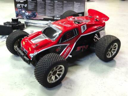 R/C THUNDER TIGER ST-1 4WD NITRO 1/8th STADIUM TRUCK + EXTRAS Warrawong Wollongong Area Preview