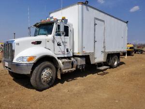 2013 Peterbuilt 337 S/A Steamer Truck