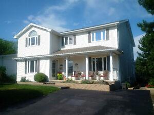 Executive S/S Duplex - West End Moncton