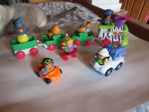 CARS, TRUCKS, TRAIN, BUS AND LITTLE PEOPLE - 5 LOTS