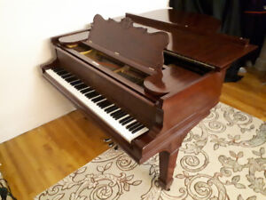 Antiquité. Grand piano Steinway & Sons (Model A, 188cm.)