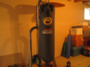 Punching Bag 100 LB